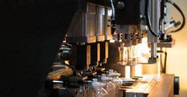 PET Plastic Bottle Blowing Process Introduction